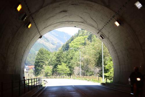 R126トンネル.JPG