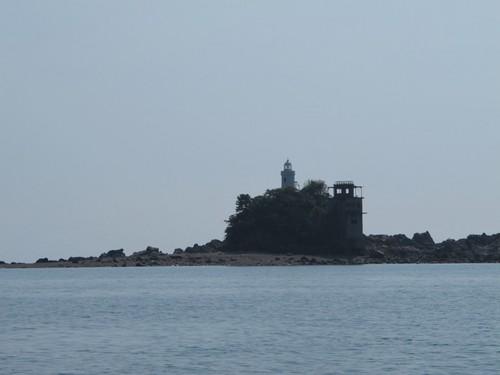 岩島.JPG